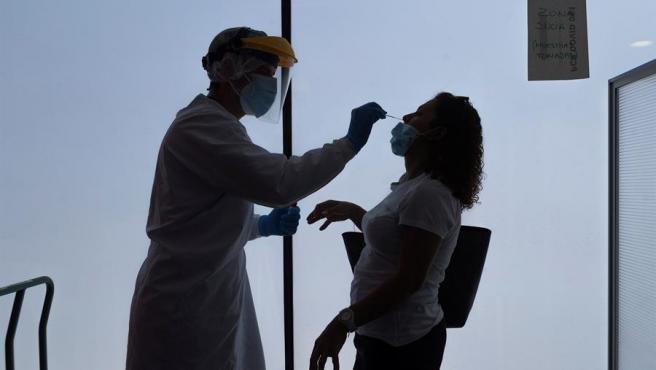 La OMS descarta que el coronavirus pueda transmitirse a traves de la comida