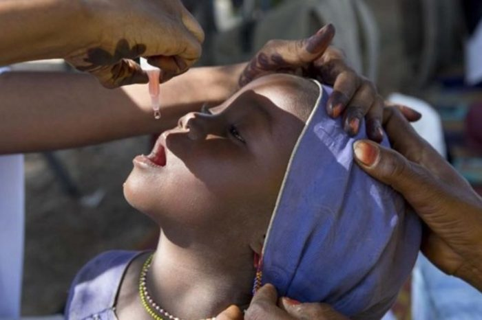 La OMS da por erradicada la polio de África