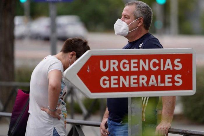 Las autonomias afrontan la segunda ola con mas restricciones salvo en Madrid