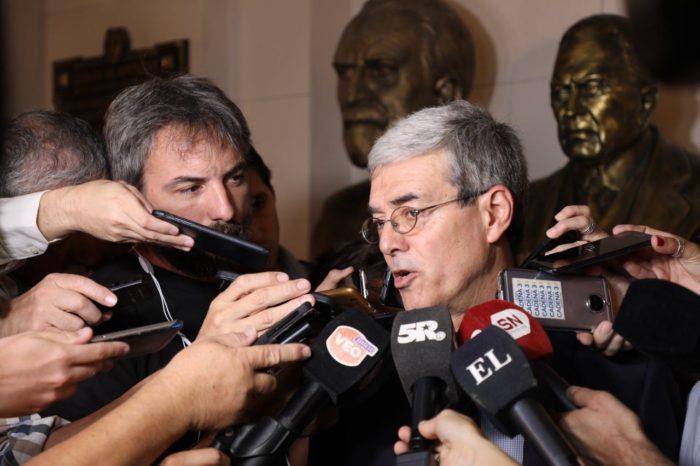 El ministro Walter Agosto dio positivo de Covid-19 y es el segundo infectado del gabinete de Perotti