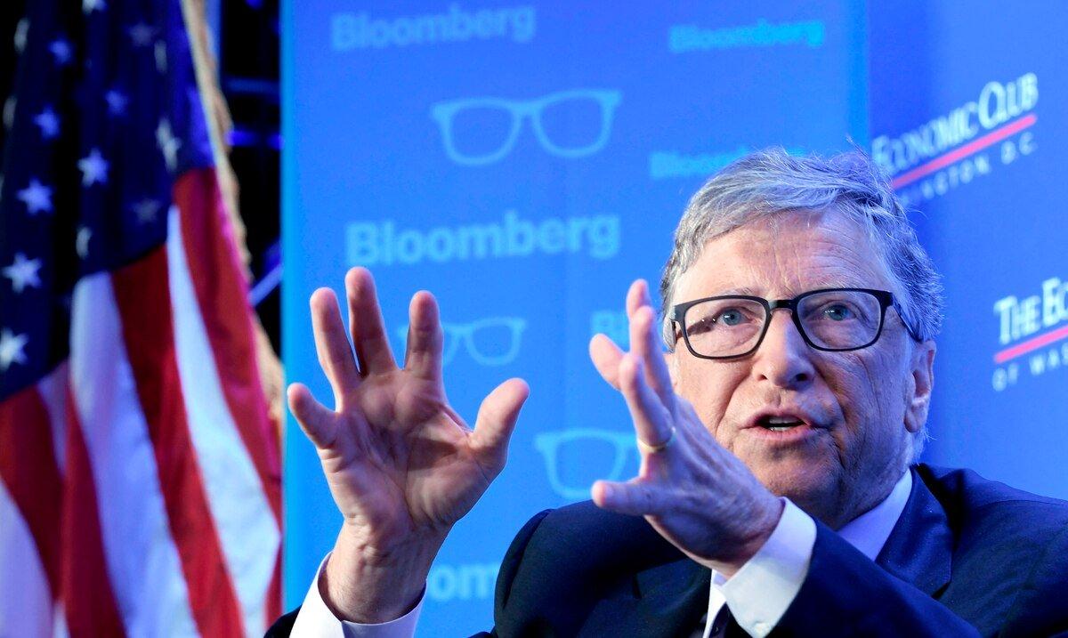 """Bill Gates ve """"escandaloso"""" el sistema de pruebas de COVID-19 en Estados Unidos"""