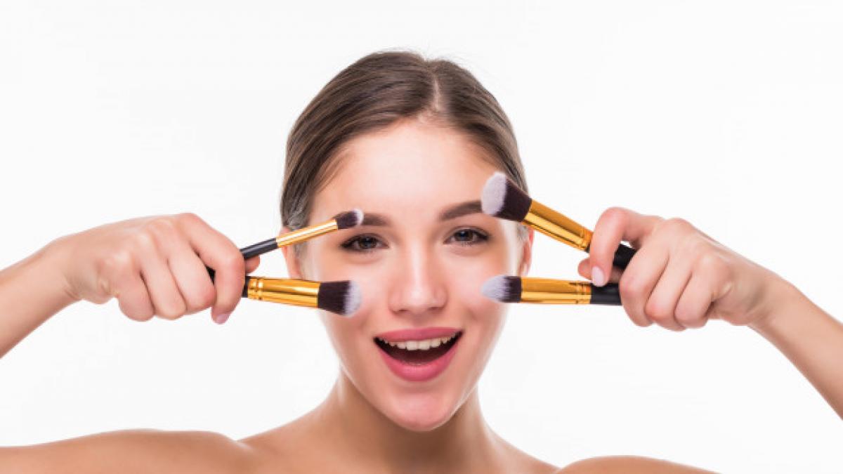 Como conseguir uno de los sets de 18 brochas de maquillaje mejor valorados de Amazon por menos de 10 euros