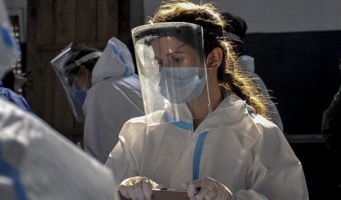 Informan 55 nuevos fallecimientos y son 10.713 los muertos en la Argentina