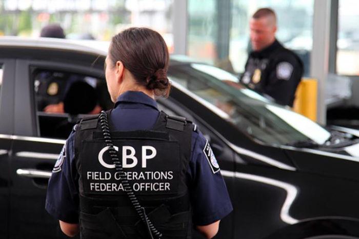 """CBP reanuda operaciones en centros de inscripcion para la """"linea expres"""""""