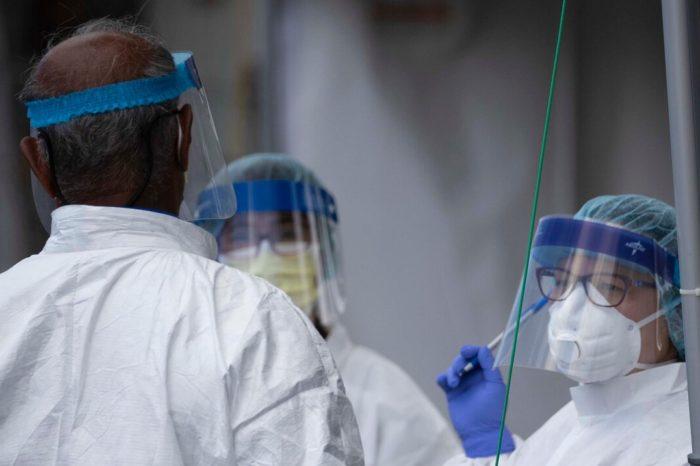 Seis integrantes de una familia en Loiza se contagian de COVID-19