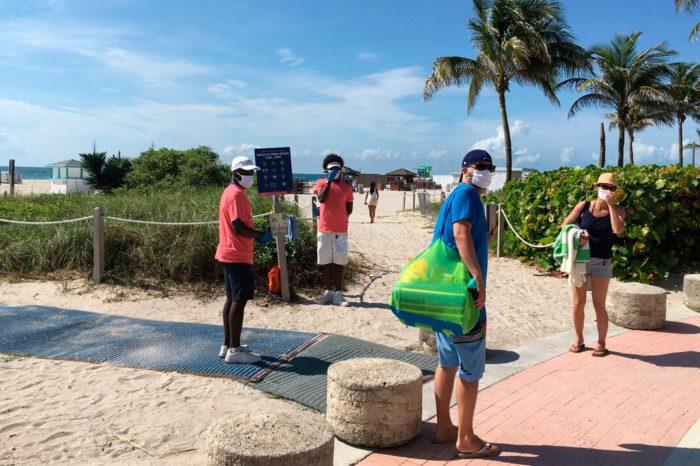 Florida busca mantener bajo control el coronavirus en el fin de semana largo