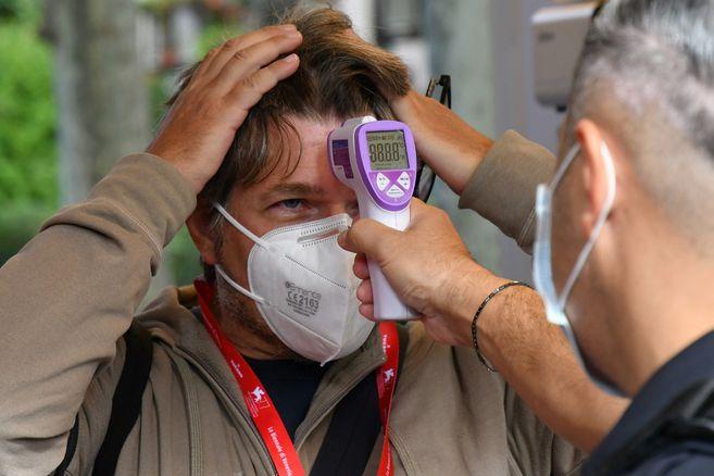 Colombia suma 671.848 casos confirmados de coronavirus este lunes