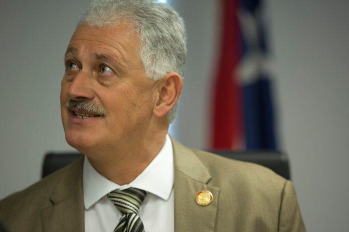 Dan alta al senador Luis Berdiel tras su diagnostico de COVID-19
