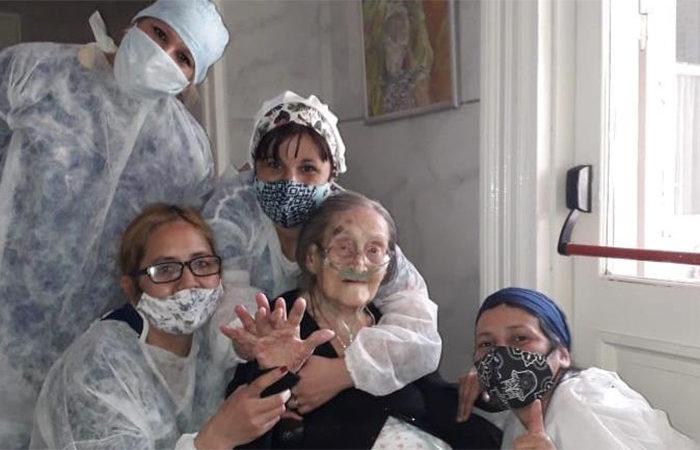 """""""Un espiritu admirable"""", una mujer de 109 vencio al coronavirus"""