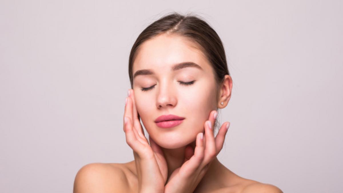 Como usar este masajeador para acabar (¡por fin! con las ojeras por menos de 14 euros