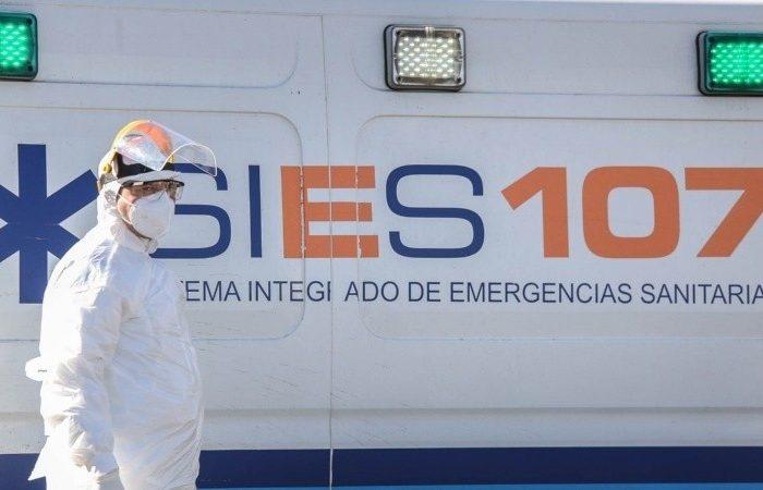 """""""Las ambulancias terminan siendo camas moviles"""", preocupacion por la situacion en Rosario"""
