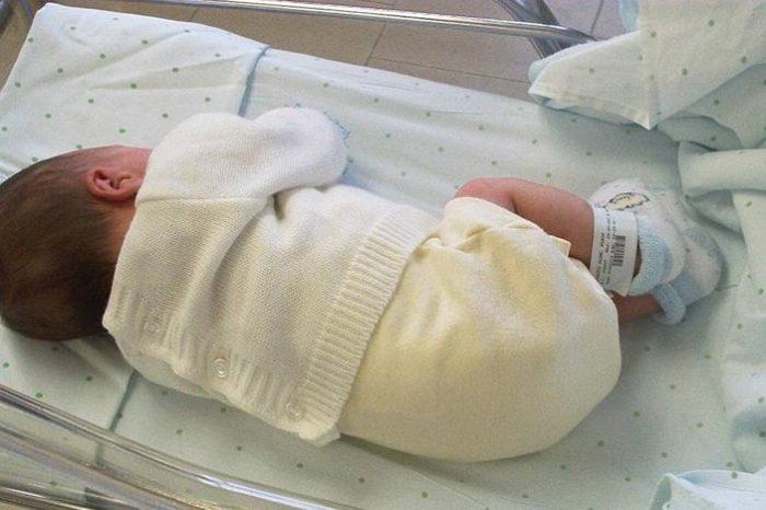 Piden a la Fiscalia que investigue la muerte de una bebe en San Sebastian