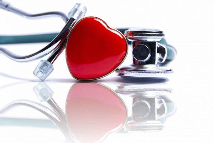 Comer 5, Moverse 10, Dormir 8: Un programa para celebrar el dia mundial del corazon