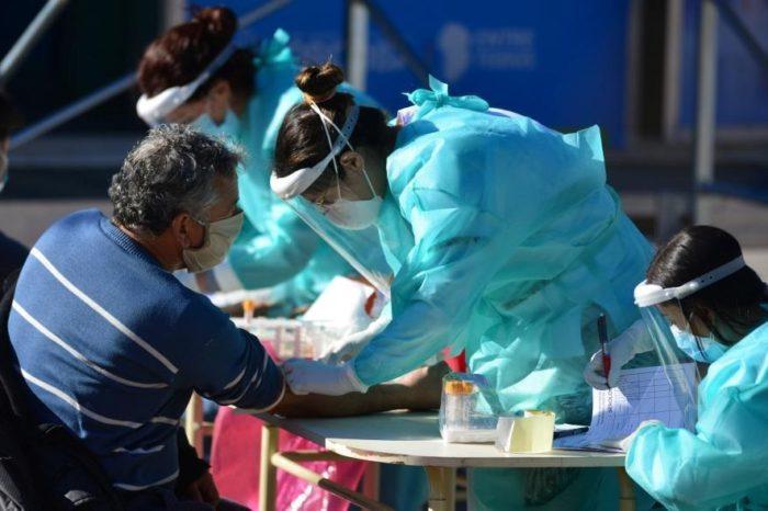 Coronavirus: confirmaron 49 nuevas muertes y ya son 12.705 las victimas en la Argentina