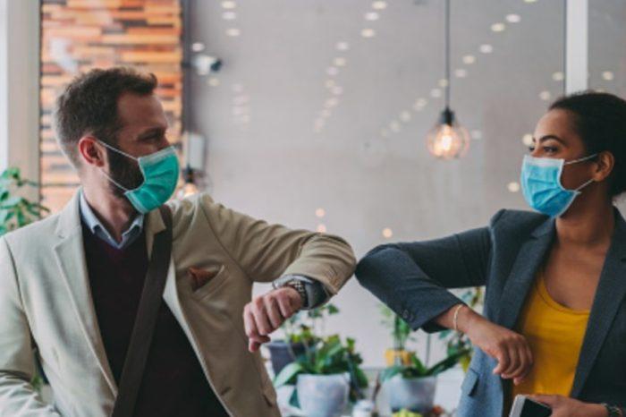 Los pequeños encuentros en pandemia tambien exigen uso de tapabocas y distanciamiento