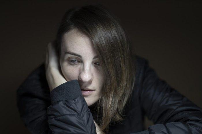 Salud Mental España pide eliminar el tabu, formar profesionales y elaborar un plan nacional para prevenir el suicidio