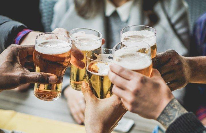 El exceso de alcohol altera tambien la salud digestiva.
