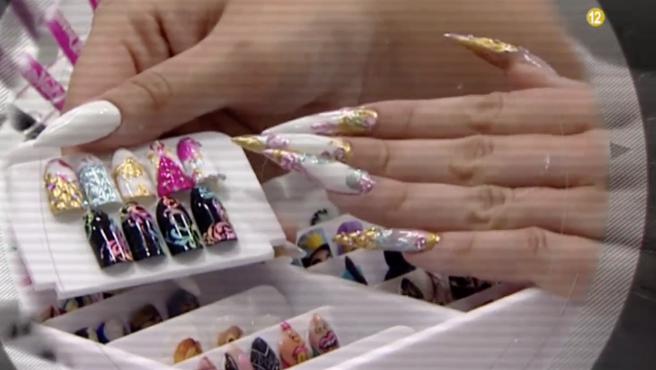 Se me abren las uñas a capas, ¿cuales pueden ser las causas? ¿Tiene solucion?