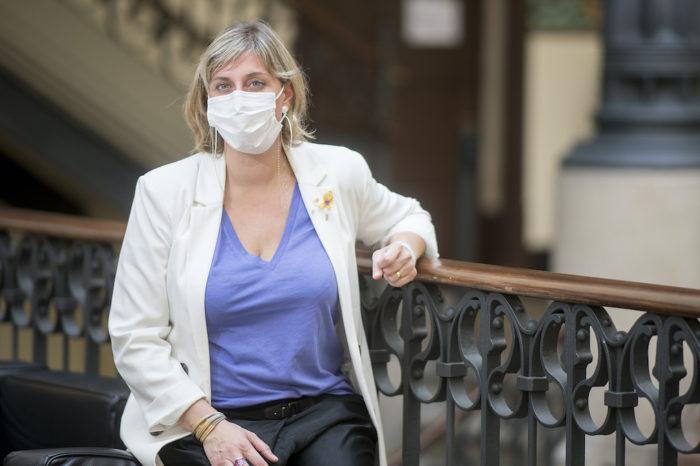 """Alba Verges: """"Ahora vemos como se sufre sin los sanitarios suficientes"""""""