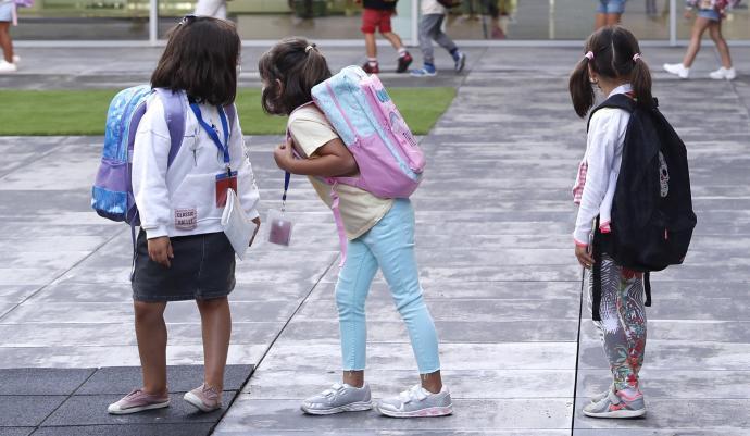 Los niños pueden dar positivo en Covid-19 y tener anticuerpos a la vez