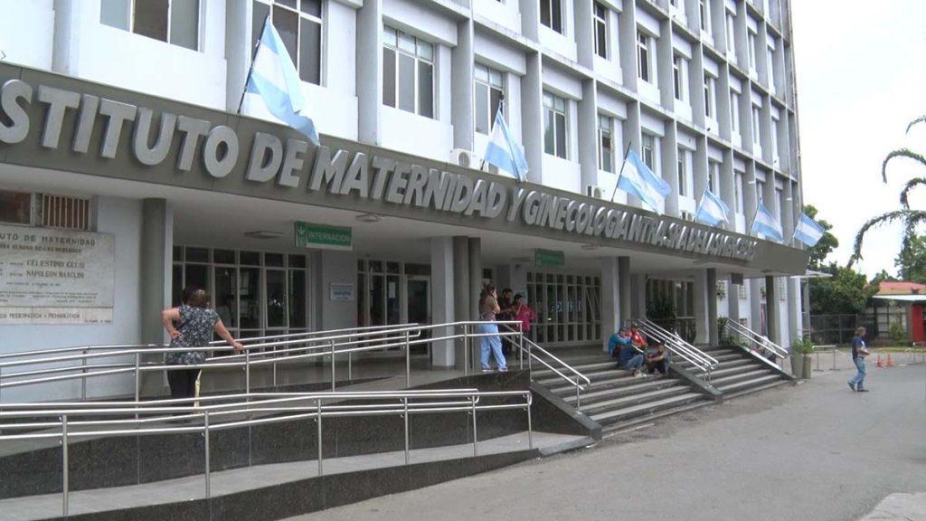 Tucuman: una embarazada con coronavirus fue sometida a una cesarea y esta grave