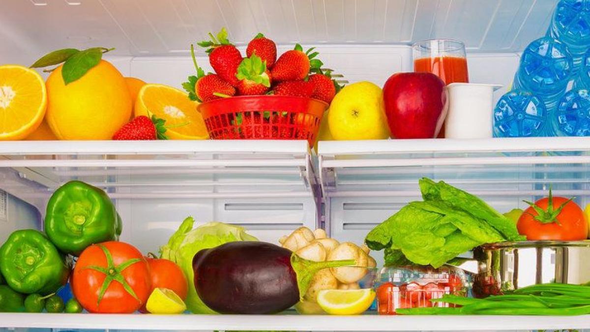 Cinco trucos para organizar tu nevera y recuperar los habitos saludables