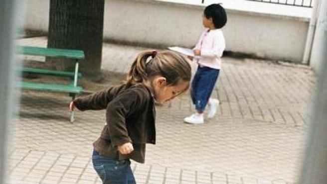 ¿A que edad empieza a ser beneficioso para un niño socializar con sus iguales?