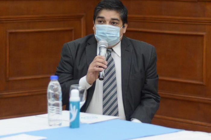 El ministro de Salud de Santa Cruz, Claudio Garcia, dio positivo de coronavirus