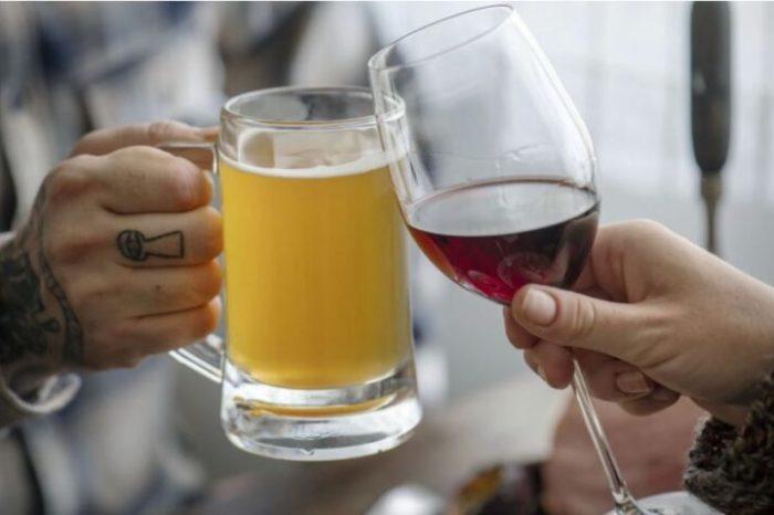 Un estudio revelo que tomar una copa de vino o cerveza por dia aumentaria el riesgo de obesidad