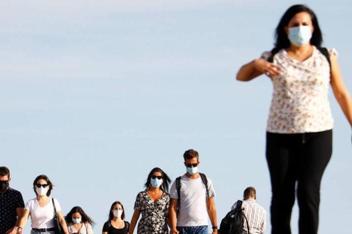 Andalucia limita las reuniones familiares a seis personas