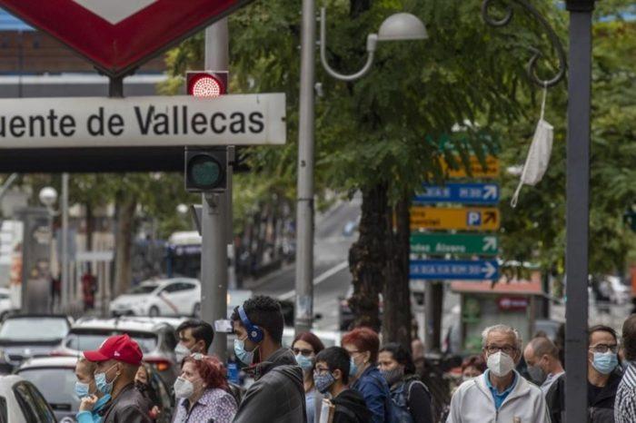El 86% de trabajadores de zonas confinadas de Madrid sale cada dia a zonas no confinadas