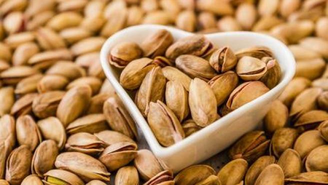 Los cacahuetes, ideales para mejorar los niveles de colesterol: ¿cuales son sus propiedades nutricionales?