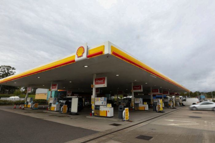 Afectada por la pandemia, Shell anuncia 9,000 despidos