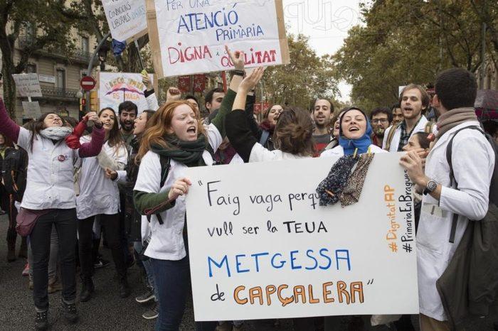Metges de Catalunya amenaza con otra huelga en la atencion primaria