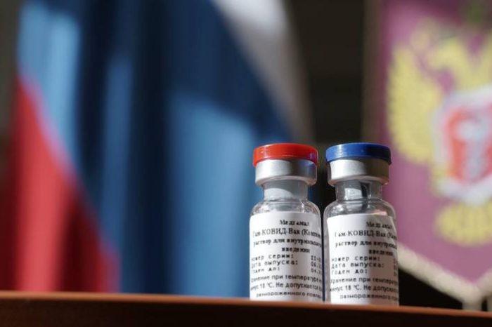 Los ensayos determinan que la vacuna rusa de la covid-19 es segura