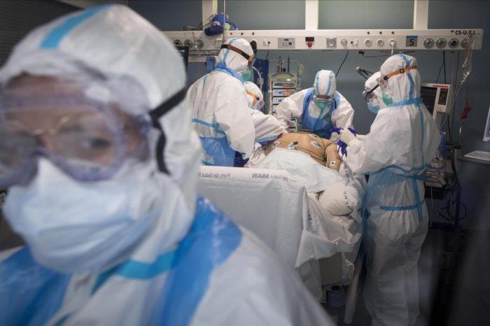 Los contagios de covid-19 siguen subiendo en España con 4.137 nuevos casos