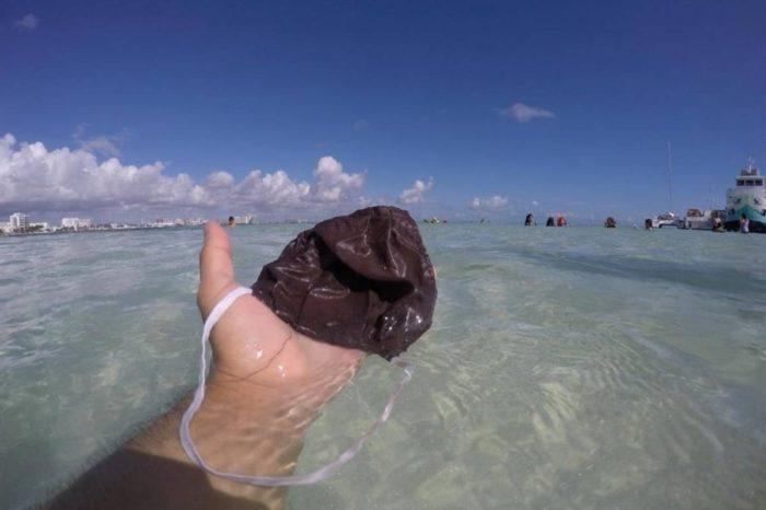 Los tapabocas de la pandemia llegan a las aguas del caribe