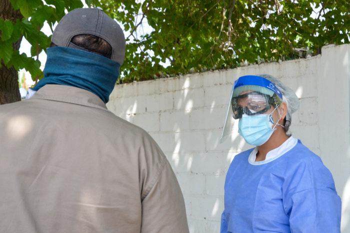 Conociendo por dentro la base operativa de hisopados en Rivadavia