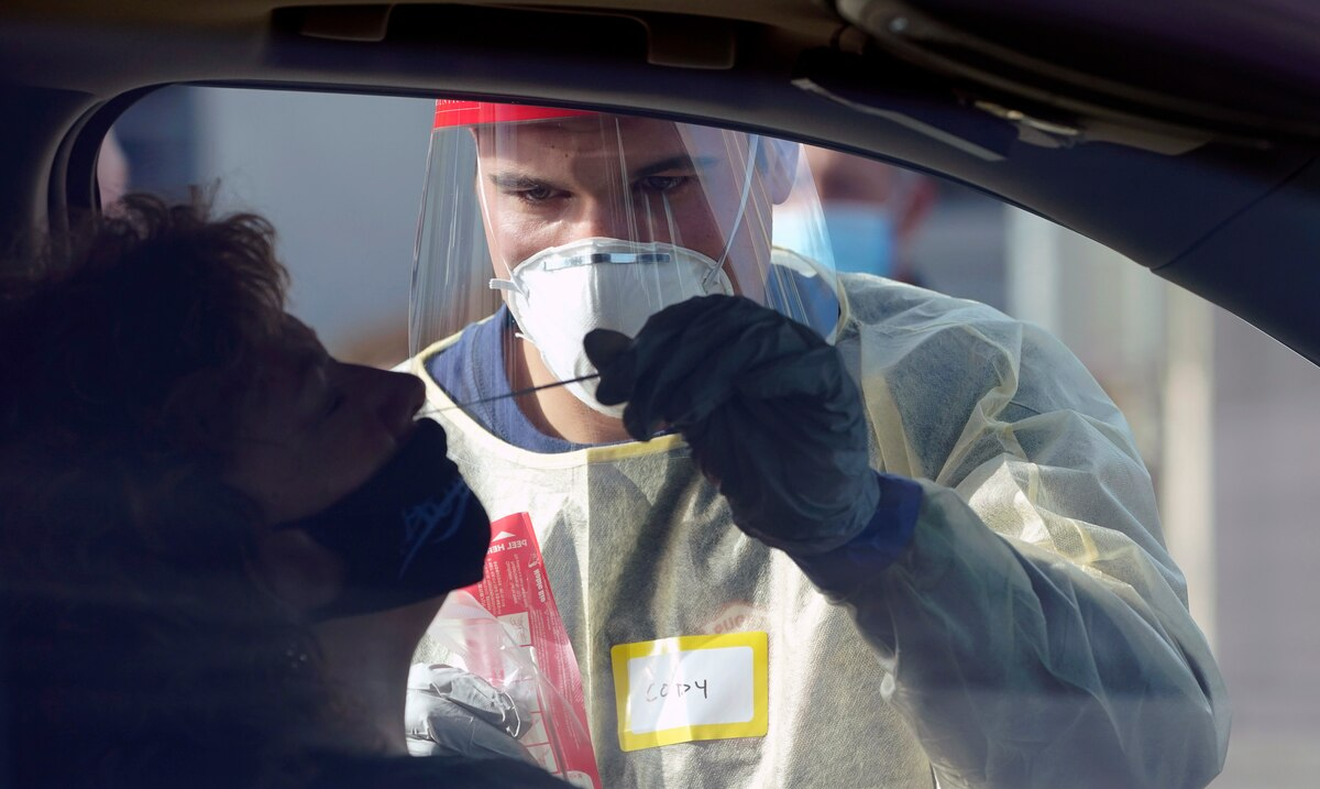 El mundo sobrepasa los 44 millones de contagios de COVID-19 y el millon de muertes