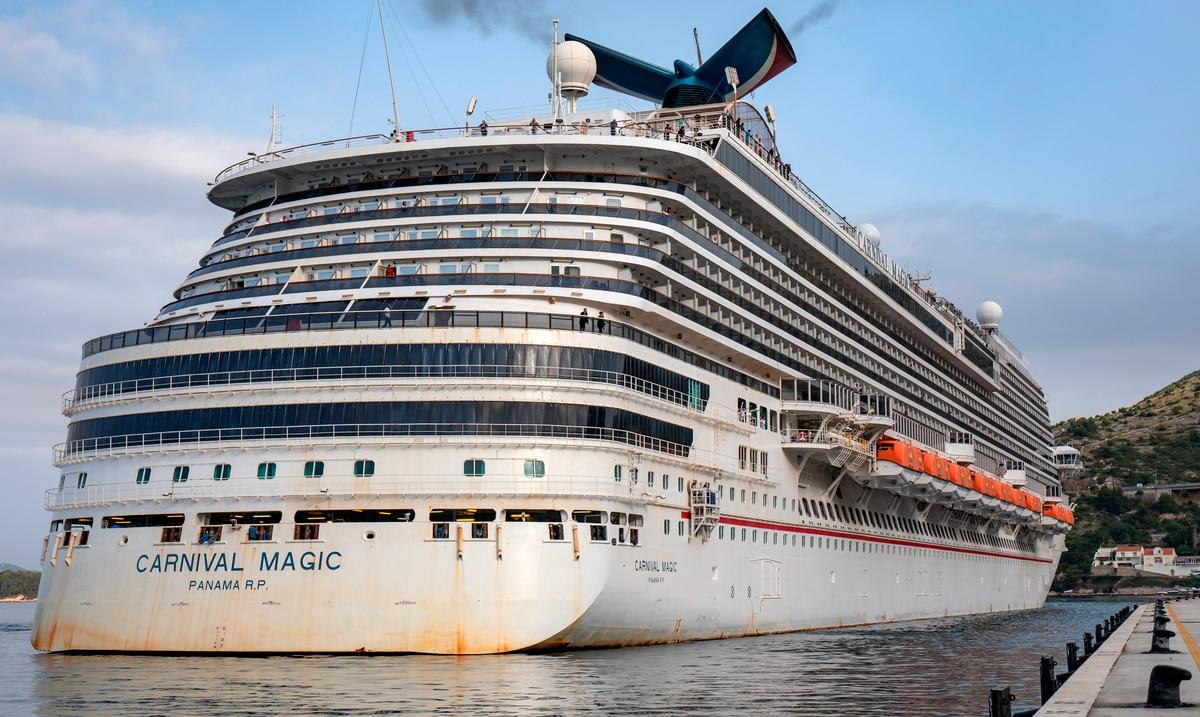 Carnival cancela tambien sus cruceros desde Miami y Cañaveral