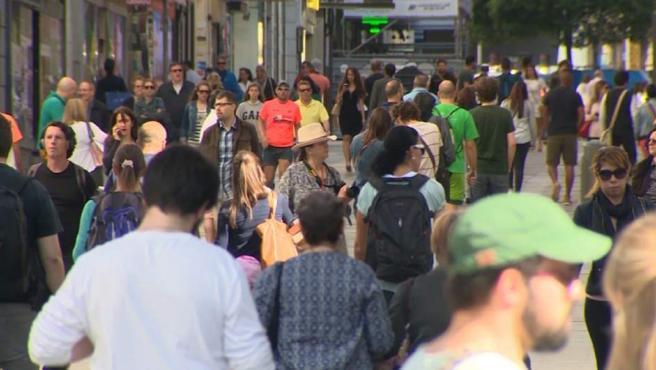 La poblacion española crece por primera vez en 5 años