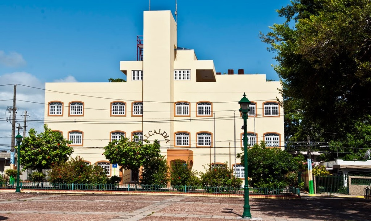 El Municipio de Loiza cerro la casa alcaldia luego que dos empleados dieron positivo en pruebas de COVID-19