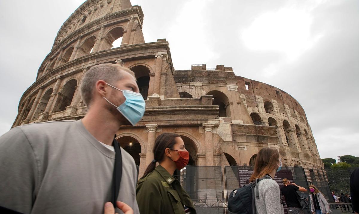 Italia registra sobre 11,000 casos de COVID-19 en las ultimas 24 horas