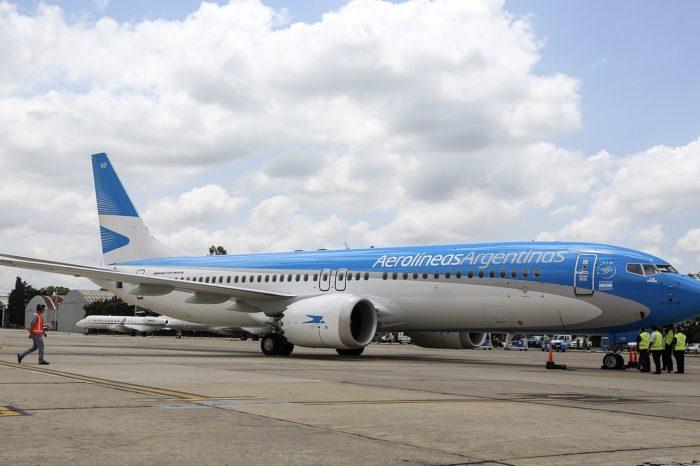 Segun el Gobierno, a partir del 12 o 15 de octubre volverian los vuelos regulares