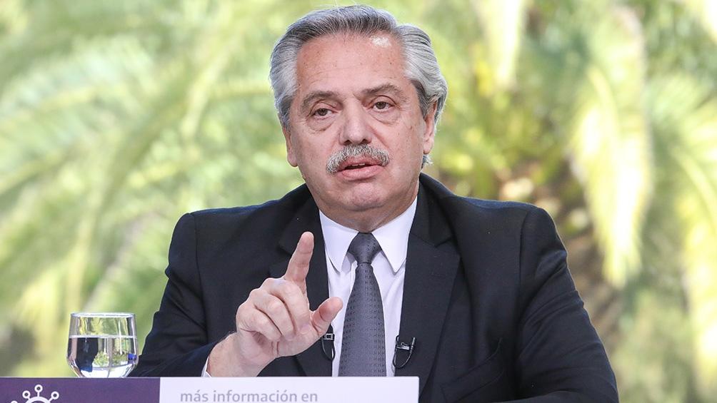 """Alberto Fernandez: """"Vamos a seguir igual que hoy en las ocho provincias con mas casos y en el AMBA"""""""