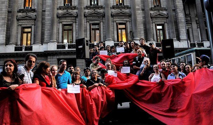 El lunes 26 presentaran el proyecto de la Ley Nacional de respuesta integral al VIH, hepatitis virales, tuberculosis e ITS en Argentina