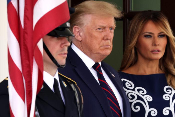 ¿Donde y con quien estuvo Trump antes de dar positivo a COVID-19?