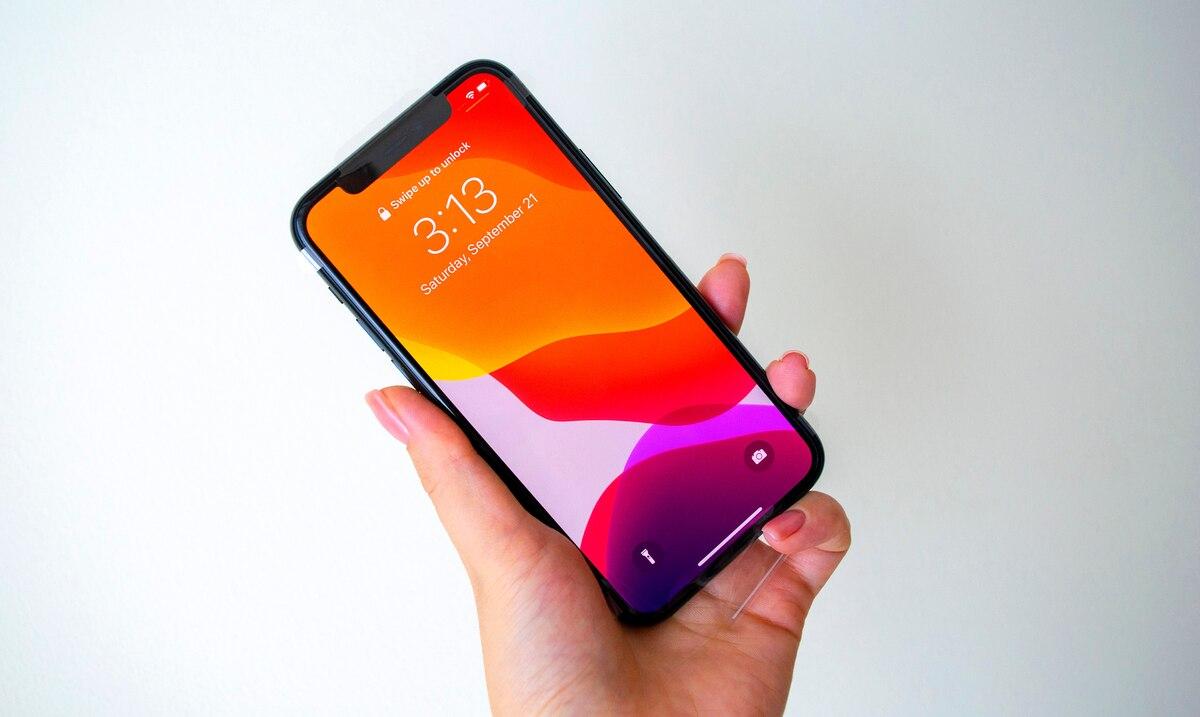 Usuarios logran desbloquear las pantallas de sus iPhones con Face ID pese a utilizar mascarillas