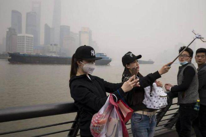 Vinculan contaminacion del aire con 15% de muertes por COVID-19