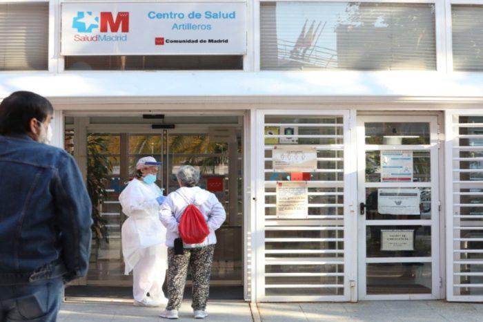 Los sindicatos medicos convocan huelga indefinida desde el 27 de octubre
